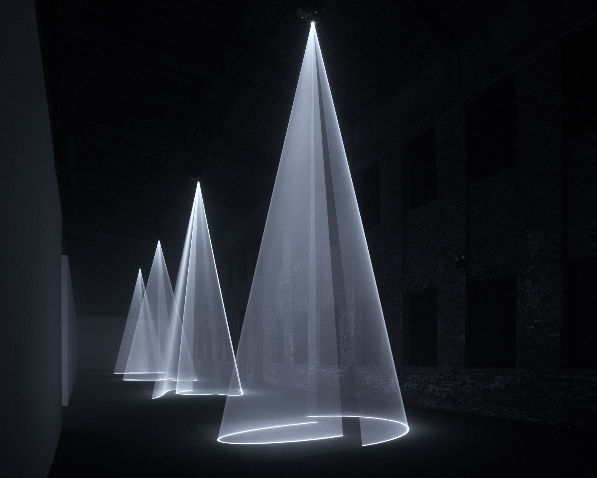 Anthony McCall: Solid Light Works | Pioneer Works